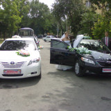 Автомобили Toyota Camry, Nissan Teana, Mercedes