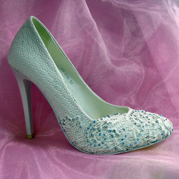 Ликвидация свадебной коллекции в сети магазинов обуви