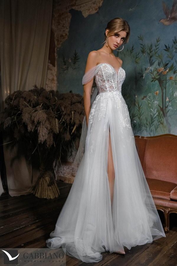 Новая коллекция свадебных и вечерних платьев 2021-2022гг. в салоне